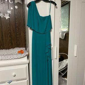 Very nice green maxi dress BCBG